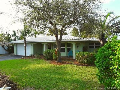 Pompano Beach Single Family Home For Sale: 2811 NE 16th Ct