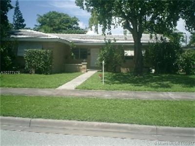 Coral Gables Multi Family Home For Sale: 5031 Ponce De Leon Blvd