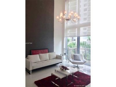 Miami Beach Condo For Sale: 6000 Collins Ave #509