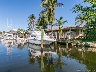 Dania Beach Single Family Home For Sale: 301 NE 2nd Ct
