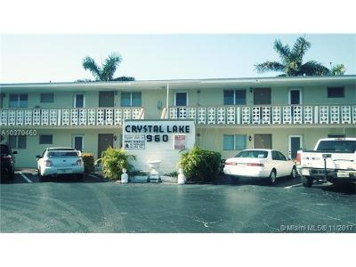 Condo For Sale: 960 Crystal Lake Dr #214