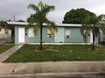 Palm Beach County Multi Family Home For Sale: 419 N D St 1