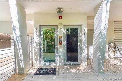 Miami Beach Condo For Sale: 1577 Bay Rd #208