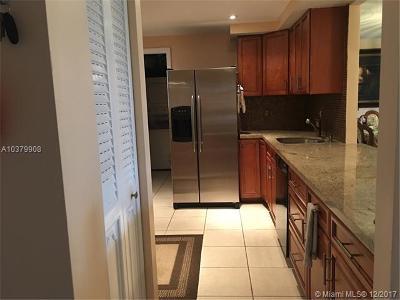 Boca Raton Condo For Sale: 250 NW 67th St #424