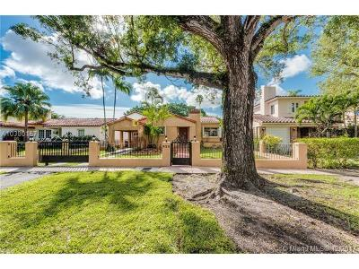 Coral Gables Single Family Home For Sale: 520 Alcazar
