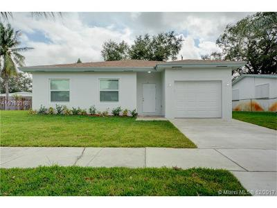 Dania Beach Single Family Home For Sale: 709 SW 3rd St
