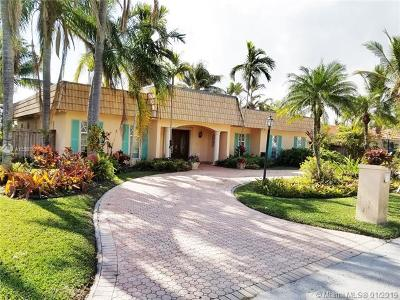 Coral Gables Single Family Home For Sale: 6380 Dolphin Dr