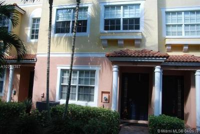Palm Beach County Condo For Sale: 132 Harbors Way