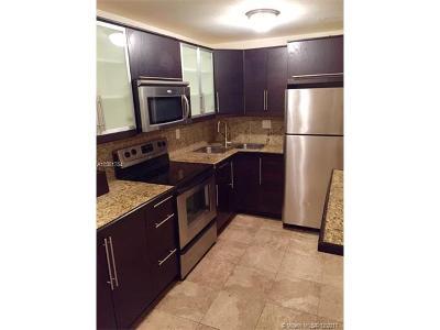 Miami Beach Condo For Sale: 7928 Harding Ave #4
