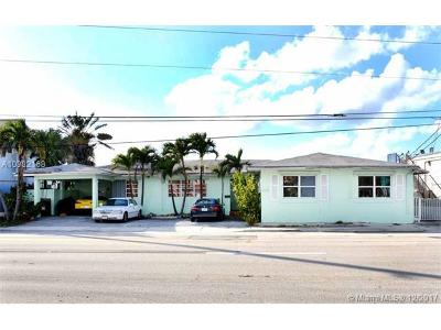 Broward County Multi Family Home For Sale: 2118 N Ocean Dr