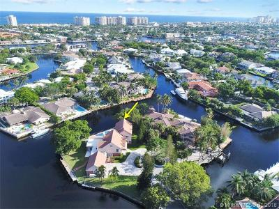 Fort Lauderdale Single Family Home For Sale: 10 Compass Pt