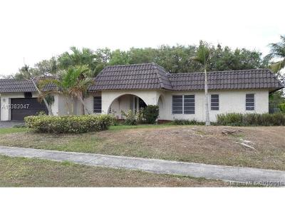 Plantation Single Family Home For Sale: 1351 SW 73rd Ave