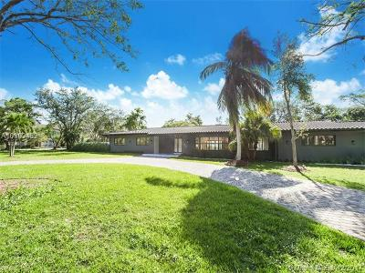 Pinecrest Single Family Home For Sale: 6200 SW 121st St