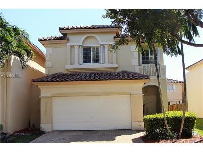 Doral Single Family Home For Sale: 10914 NW 67 Ter