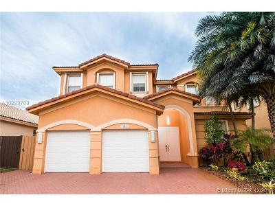 Doral Single Family Home For Sale: 11480 NW 82nd Ter
