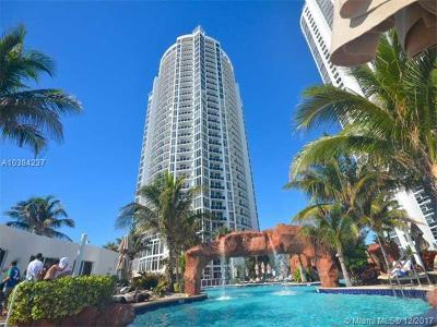 Sunny Isles Single Family Home For Sale: 18001 Collins #912