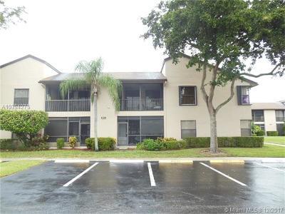 Palm Beach County Condo For Sale: 8617 W Boca Glades Blvd W #E