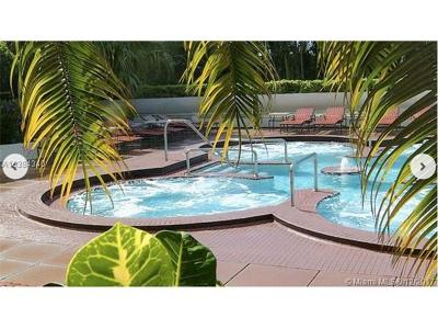 Miami Condo For Sale: 1717 N Bayshore Dr #A-1652