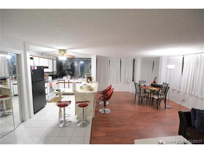 West Palm Beach Condo For Sale: 1500 Presidential Way #306