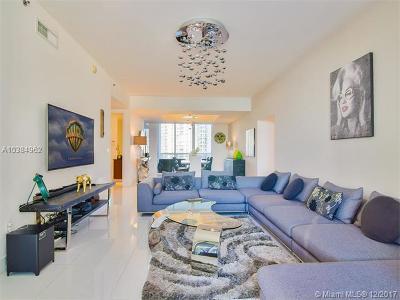 Sunny Isles Beach Condo For Sale: 15811 Collins Ave #504