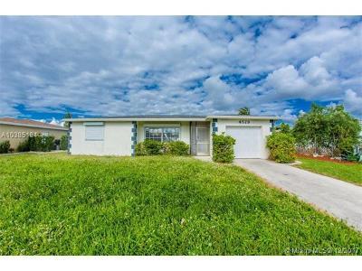 Palm Beach County Single Family Home For Sale: 4579 Baldric St