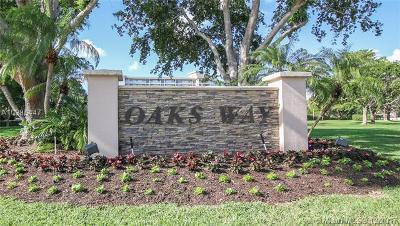 Pompano Beach Condo For Sale: 3507 Oaks Way #1003