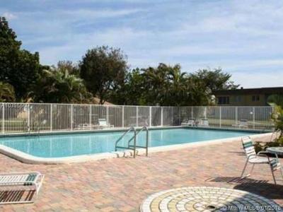 Dania Beach Condo For Sale: 5120 SW 40th Ave #26A