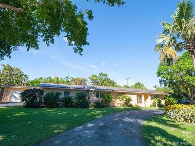 Palmetto Bay Single Family Home For Sale: 8335 SW 149th Dr