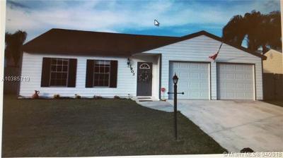 Lake Worth Single Family Home For Sale: 7903 S Blairwood Cir S