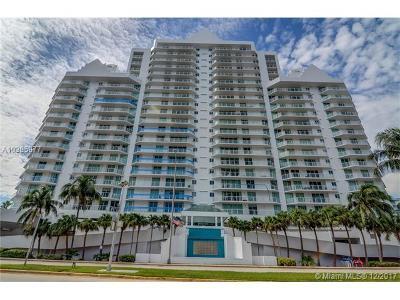 Miami Beach Condo For Sale: 5900 Collins Ave #1508