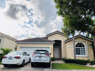 Doral Single Family Home For Sale: 5424 NW 109th Ct
