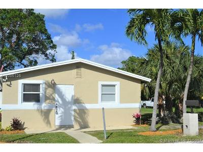 Fort Lauderdale Single Family Home For Sale: 2723 NW 7th Ct