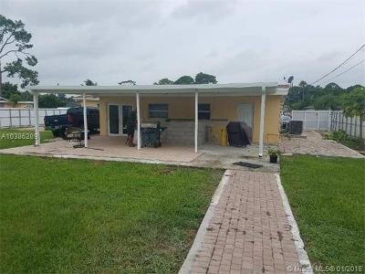 West Palm Beach Single Family Home For Sale: 2102 Laura Ln