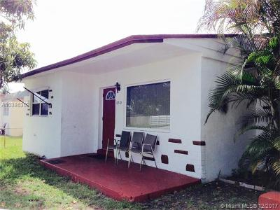Miramar Single Family Home For Sale: 6510 SW 18th St