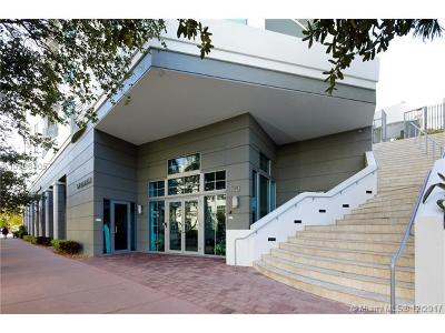 Miami Beach Condo For Sale: 110 Washington Ave #1614