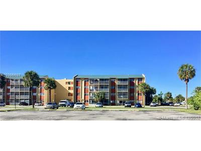 Broward County Condo For Sale: 3710 NW 21st St #105
