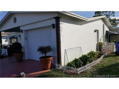 Margate Single Family Home For Sale: 7190 NW 10th Ct