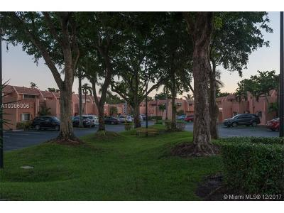 Broward County Condo For Sale: 255 E Jacaranda Dr #31