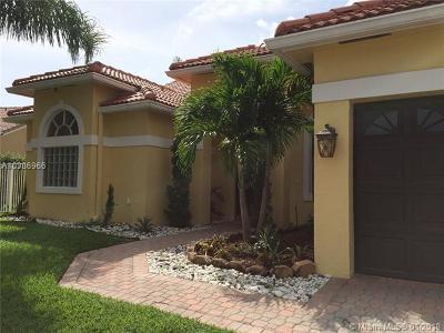 boca raton Single Family Home For Sale: 9579 Lake Serena Dr