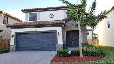 Miami Single Family Home For Sale: 11712 SW 253rd St