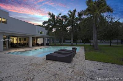 Pinecrest Single Family Home For Sale: 6760 SW 124th St