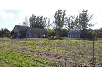 Miami Single Family Home For Sale: 19360 SW 188th St