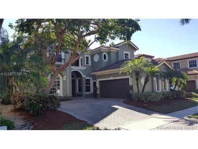 Delray Beach Single Family Home For Sale: 8012 Valhalla Dr
