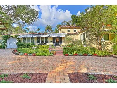 Miami Single Family Home For Sale: 5881 SW 49th St