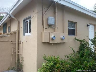 Pompano Beach Multi Family Home For Sale: 613 NW 15th Ave