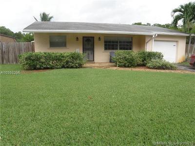 Dania Beach Single Family Home For Sale: 4549 SW 38th Ter