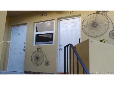 North Miami Condo For Sale: 18600 NE 18 #249