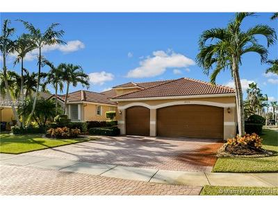 Miramar Single Family Home For Sale: 18572 SW 42nd St