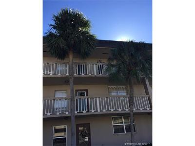 Broward County Condo For Sale: 5750 NW 64th Ave #310