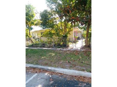 North Miami Beach Multi Family Home For Sale: 1990 NE 168 St